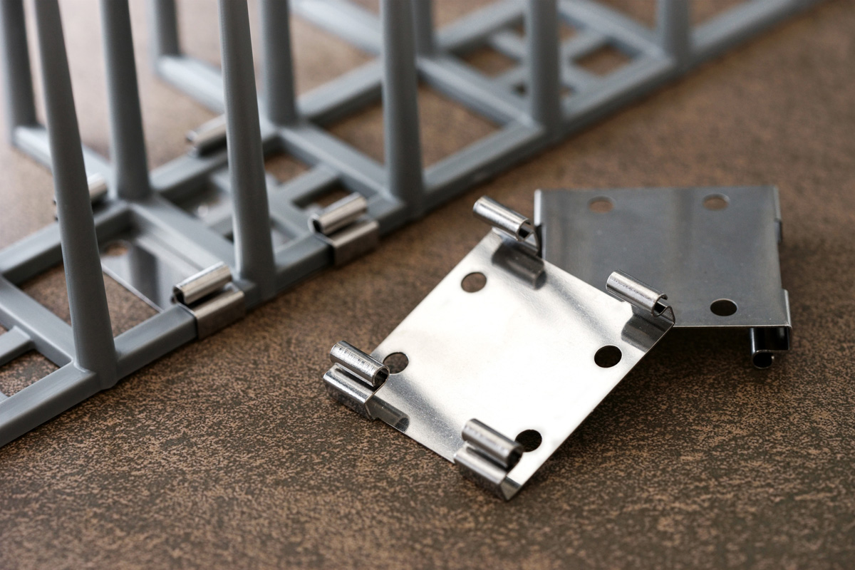 ハトプロテクター2型と専用止具